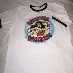 Nwt✨ T Shirt
